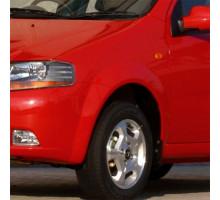 Крыло переднее левое с отверстием в цвет кузова Chevrolet Aveo T200 (2003-2008) седан